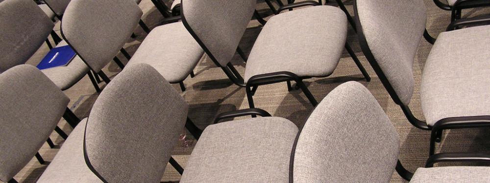 Dårlige brugte stole, som ikke er gode at sidde på